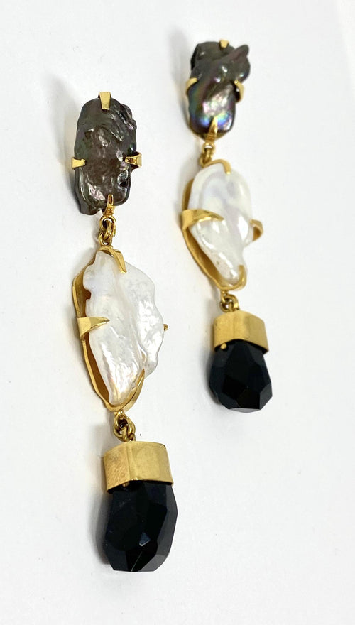 DosA2 Skualo Earrings Black & White