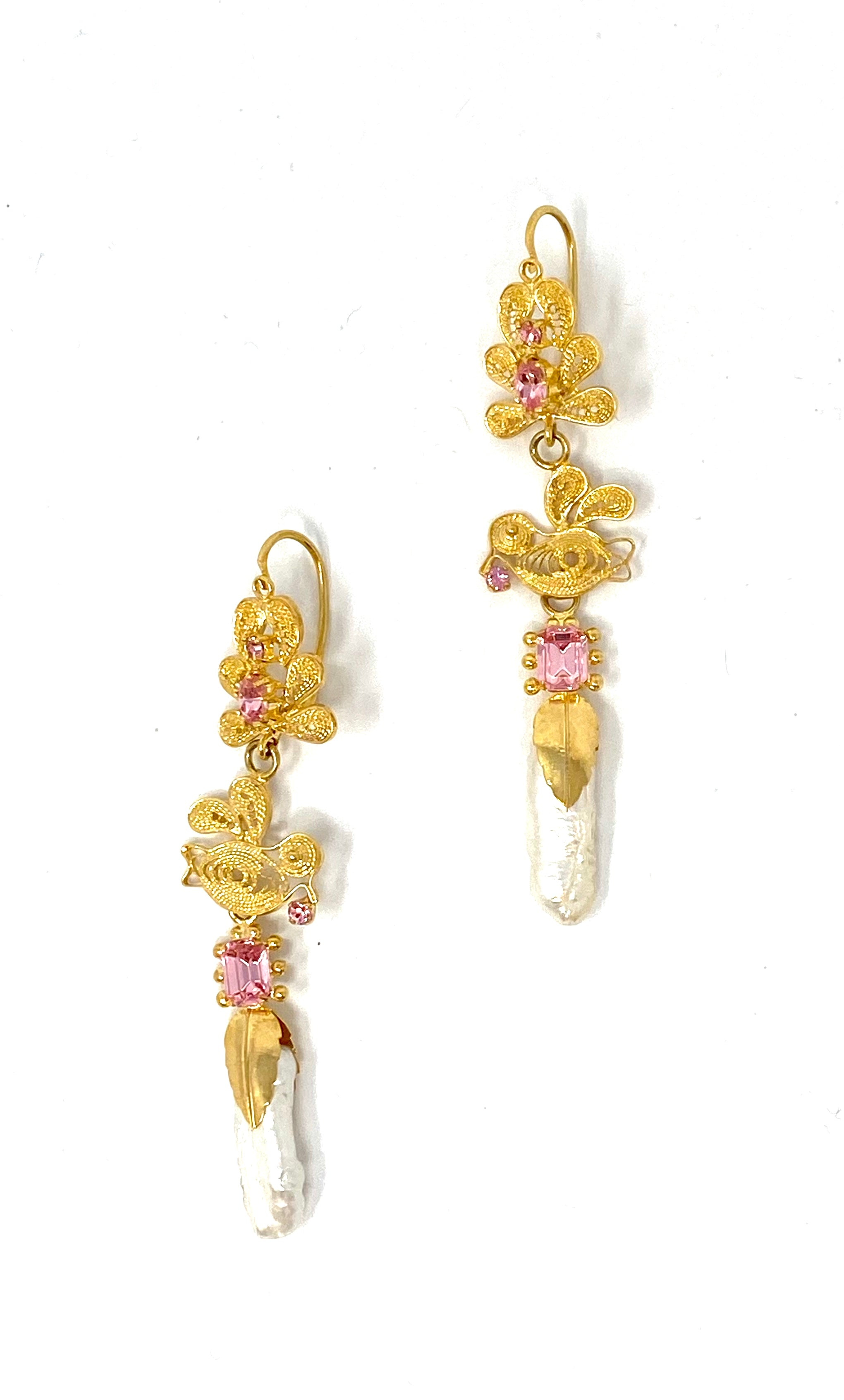 Antigua Earrings Bird Pearl Pink
