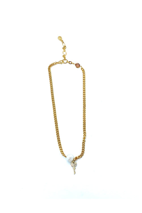 VG Key Necklace Pearl