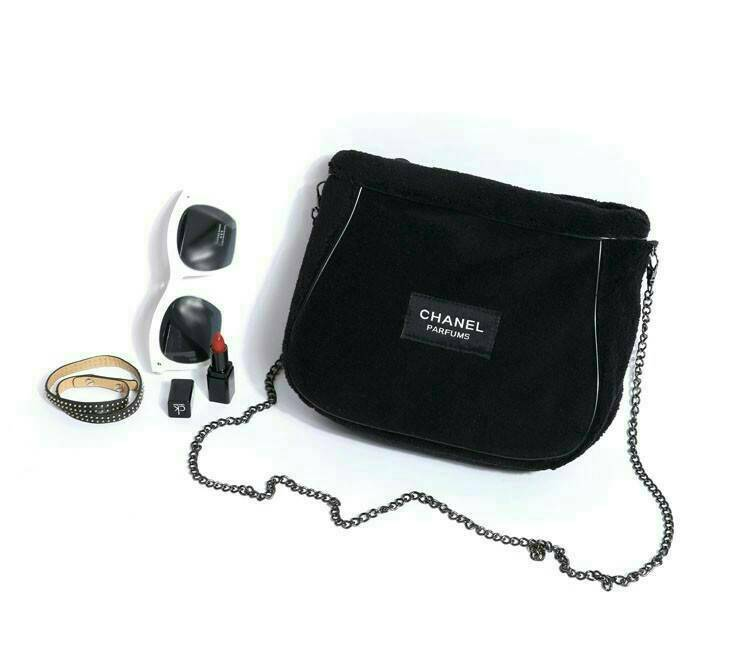 bb9b113c20cd ... CHANEL Parfums VIP Gift Black Velour Chain Bag Shoulder Pouch -  PARTYMOOD ...