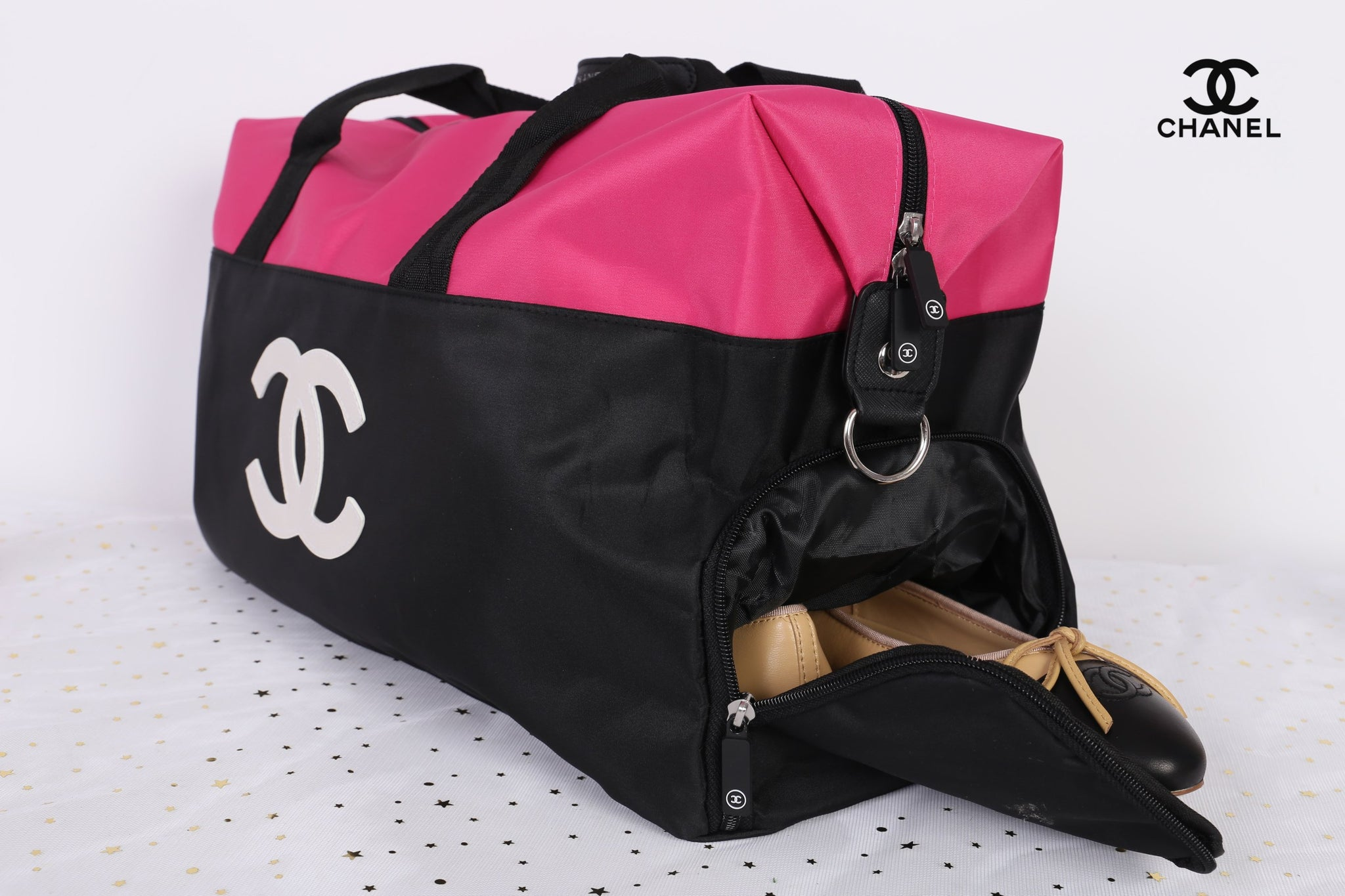 ce2d76054508e4 Chanel Pink White CC Logo Travel Gym Duffle Weekend Bag Large Vip Gift -  PARTYMOOD ...
