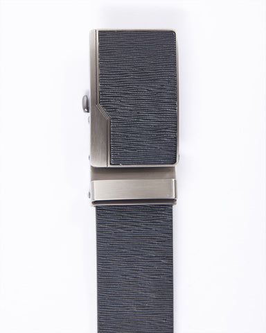 Textured leatherette belt