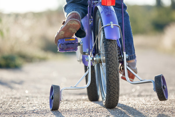 bike with stabilisers or training wheels