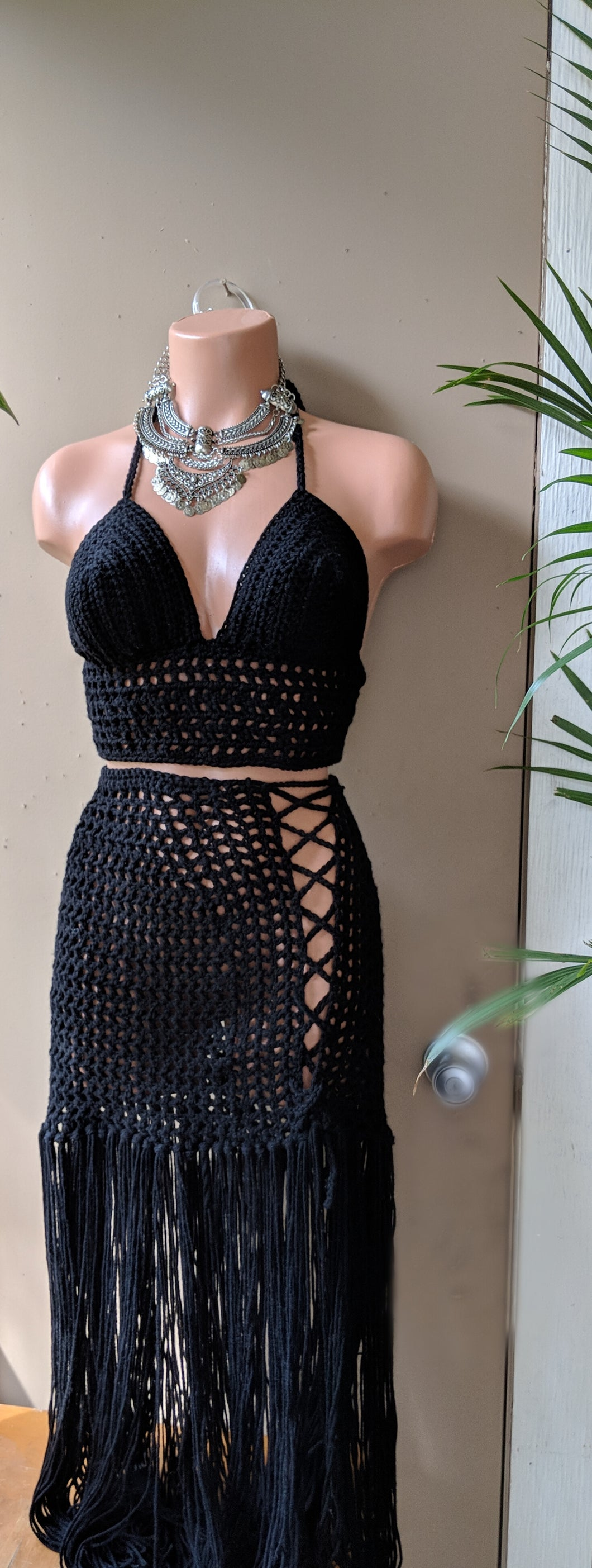 Black Crochet bralette, bikini top , crochet halter top, crochet crop top, Festival color, bohochic, bohemian clothing