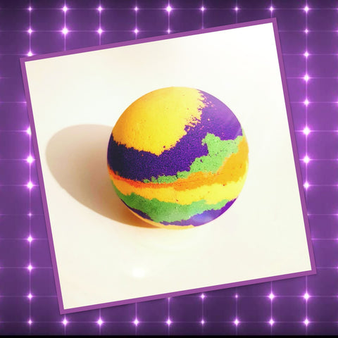 Disco bomb- Bath bomb with flashing light inside