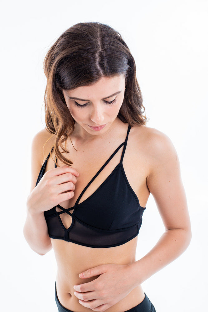 Seamless Bralette with Mesh