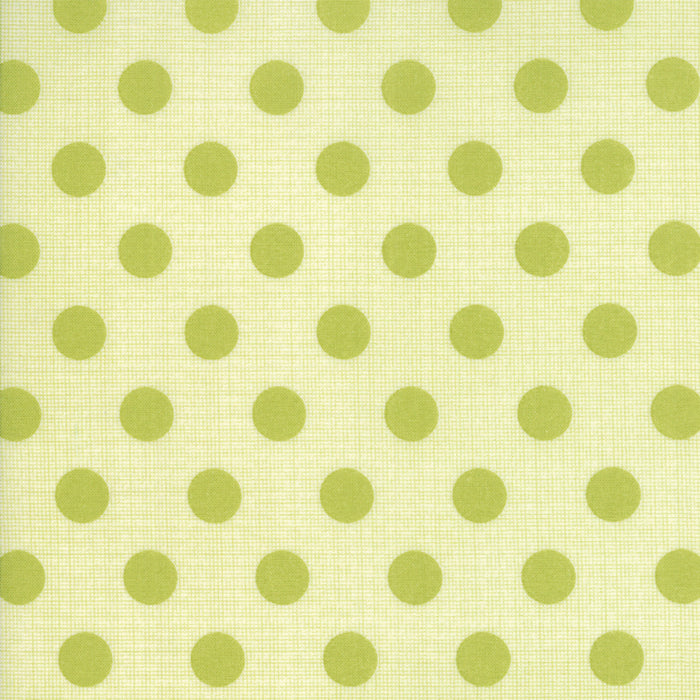 Circulus by Jen Kingwell : Movelty Dots in Banana Leaf : Moda