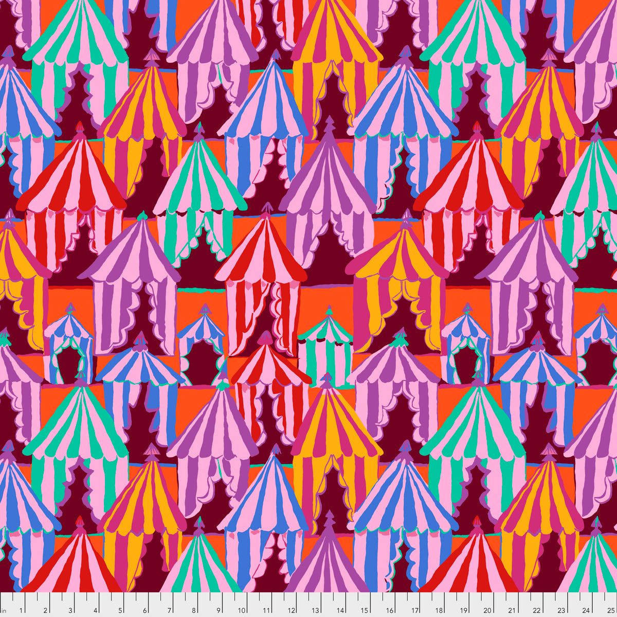 Brandon Mably Spring 2018 : Glamping in Red : Free Spirit