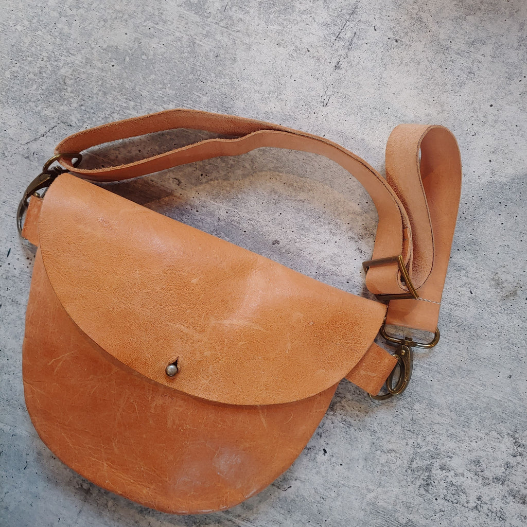 The Hackney Hip - Crossbody Bag - Various Leathers