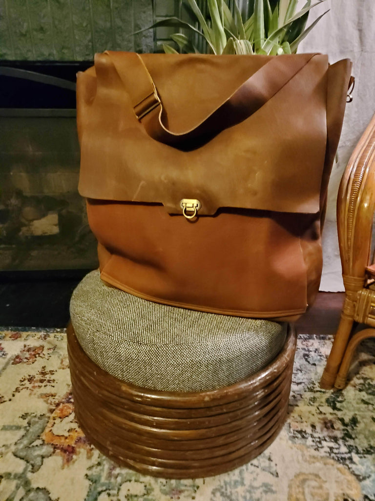 The Traveler - Backpack / Crossbody