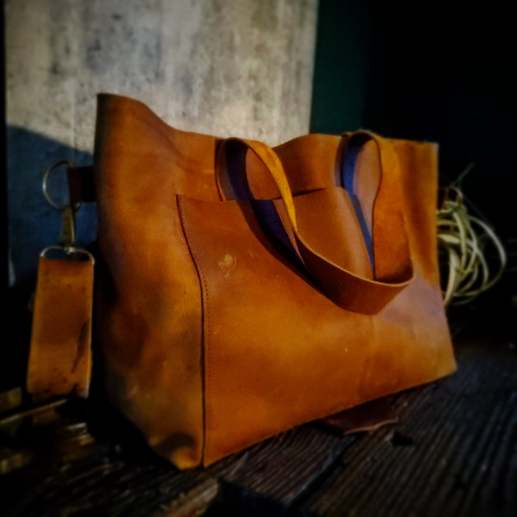 Large Leather Tote : Saddle