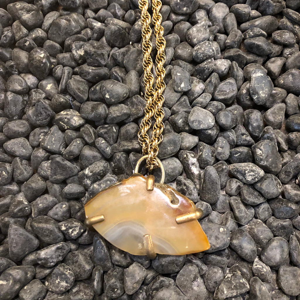 Agate Claw Necklace