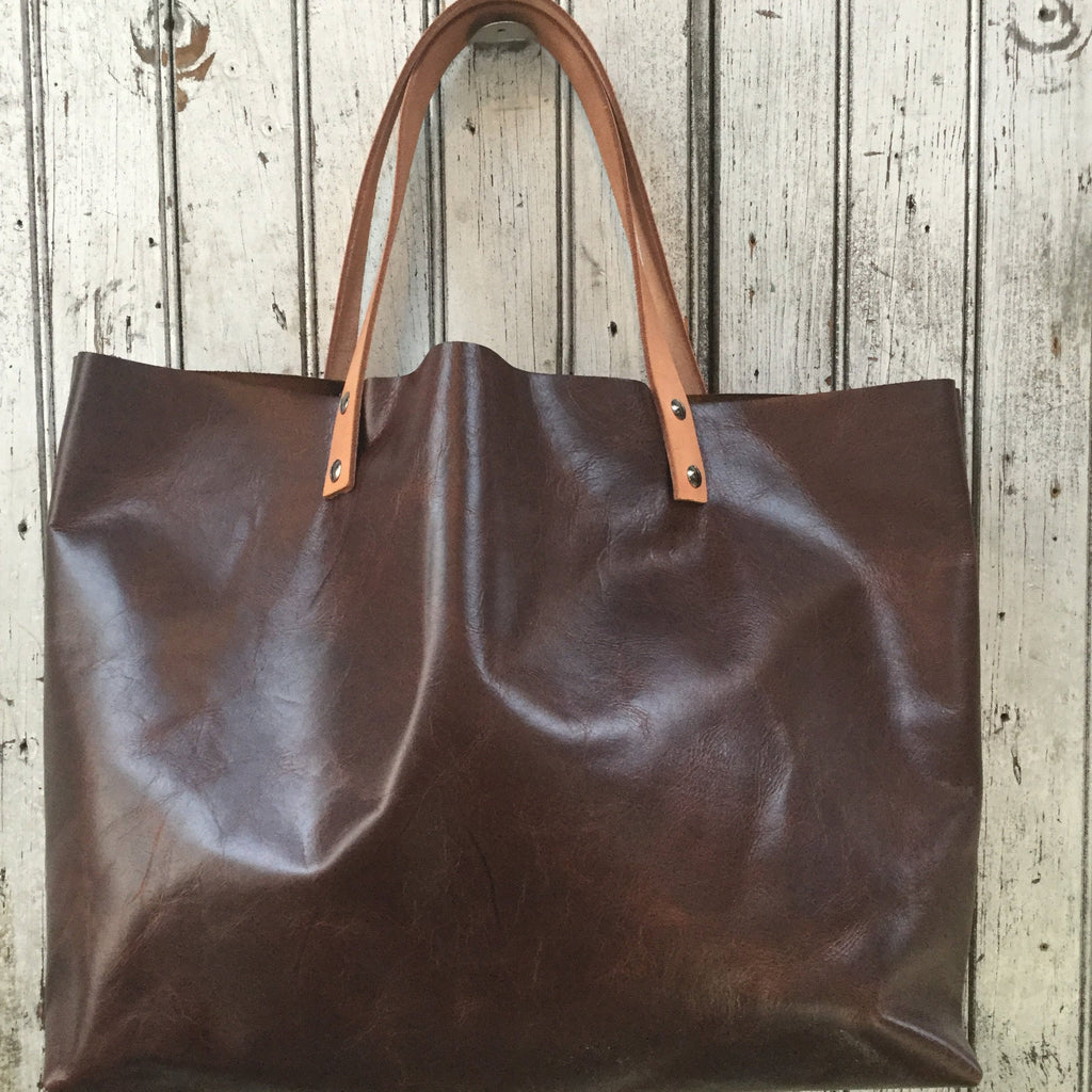 Mid-size Brown Leather Tote Bag