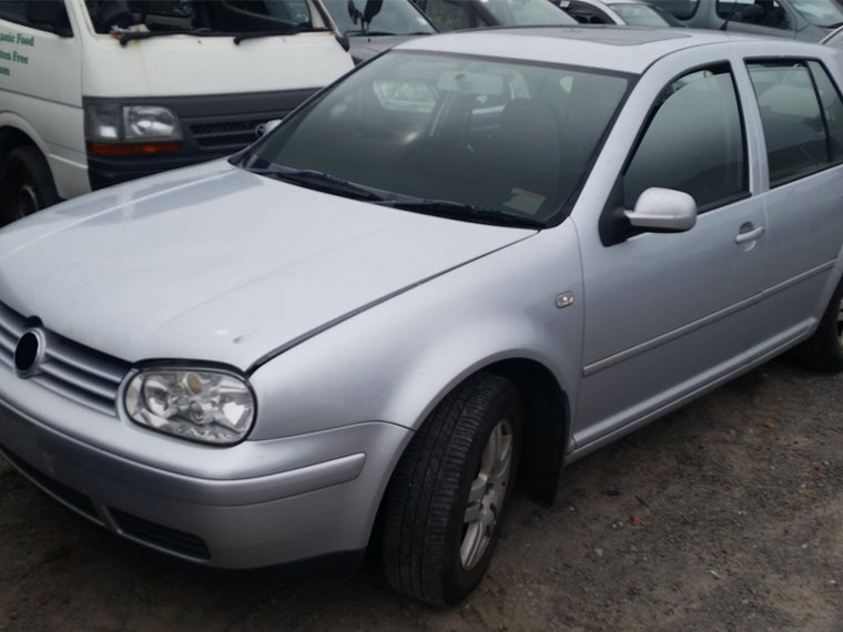 VOLKSWAGEN GOLF 4 2.0 2001