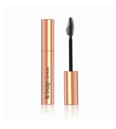 No Smudge C-Curl Mascara
