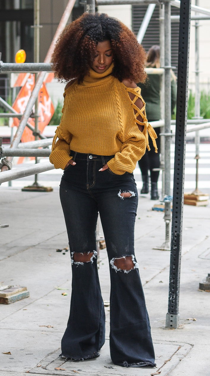 DAWN MUSTARD CUT OUT SWEATER