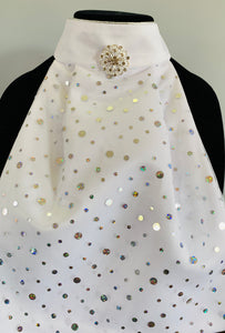 Dots with broach stock tie