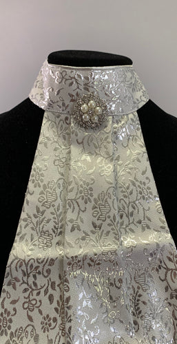 Silver flowers with pearl broach stock tie