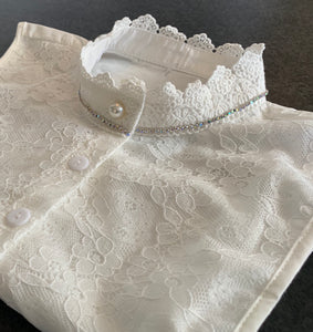 Ladies Crystal and Lace collar bib