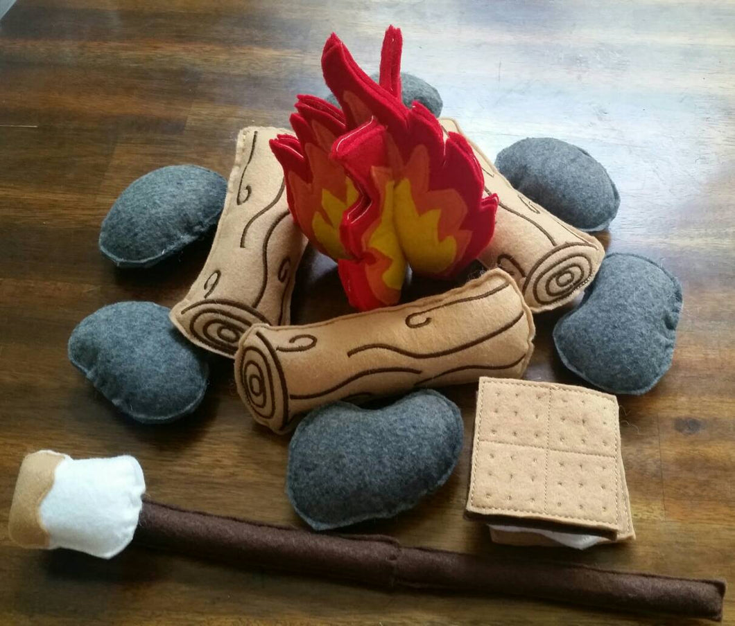 Felt Campfire Set, Felt Camping Toy, Campfire for Kids, Felt Smores and Logs, Kids Campfire Set, Pretend Camping Playset, Felt Toys for kids