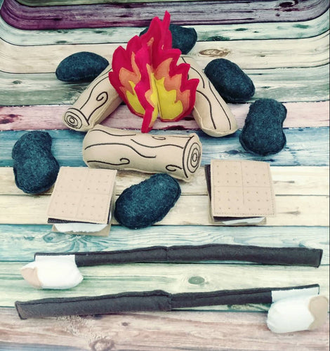 Felt campfire play set gift for kids- fake fire pit  - camper decor - bonfire - set for two - photography prop