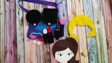 Make up Activity Bag - Doll make-up - play set - quiet activity - Busy Bag - Pretend Make-up - pretend play - personalized free - doll face