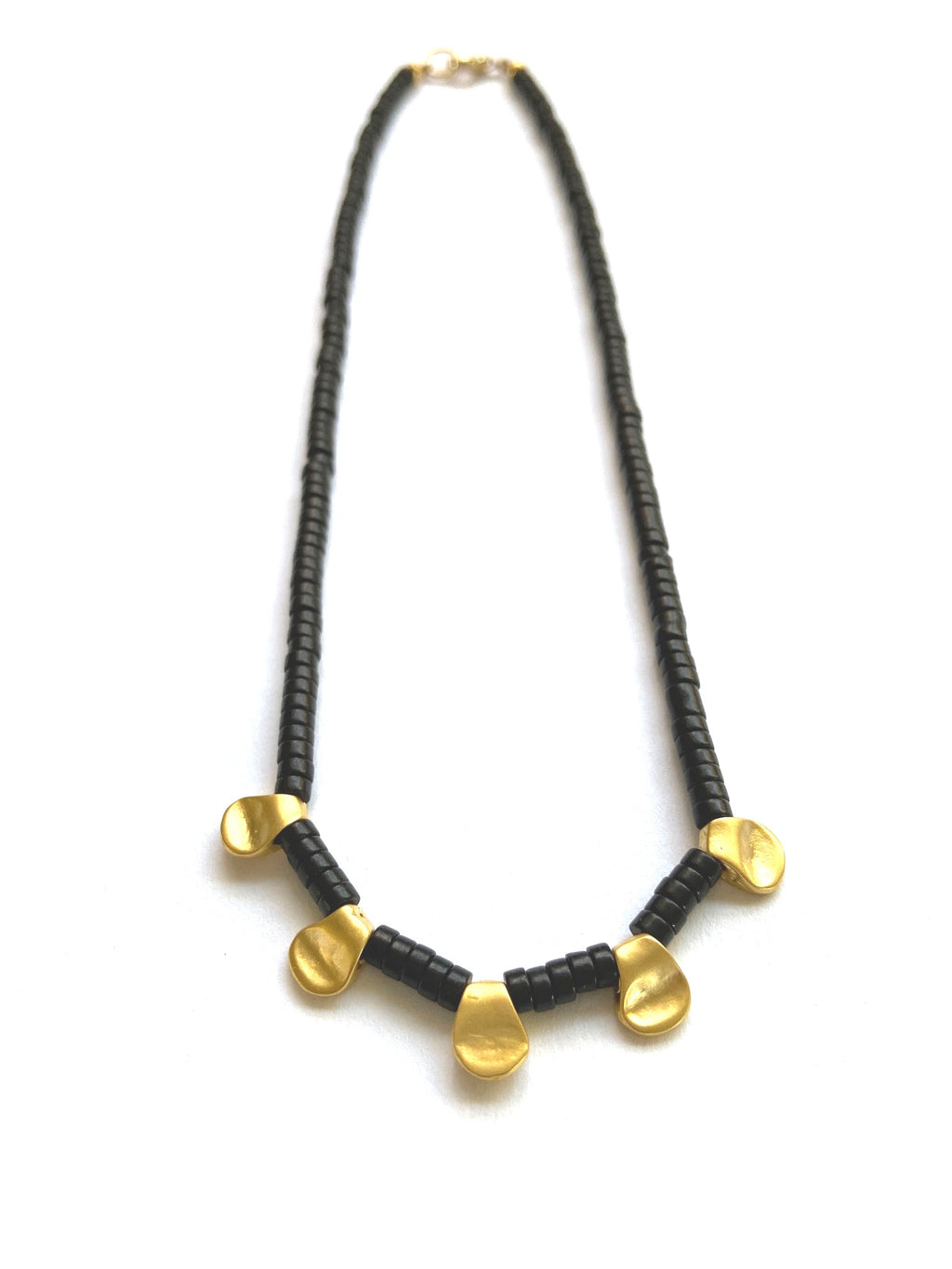 Penta Pinch Collar Necklace