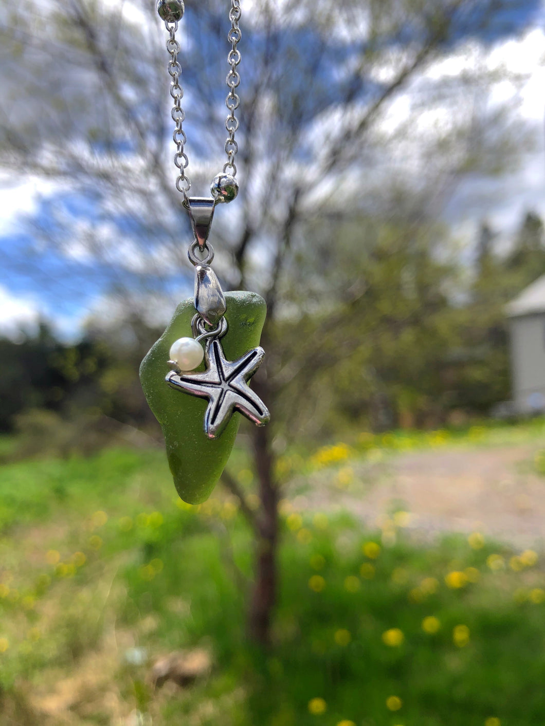 Green Seaglass With Starfish & Pearl Pendant