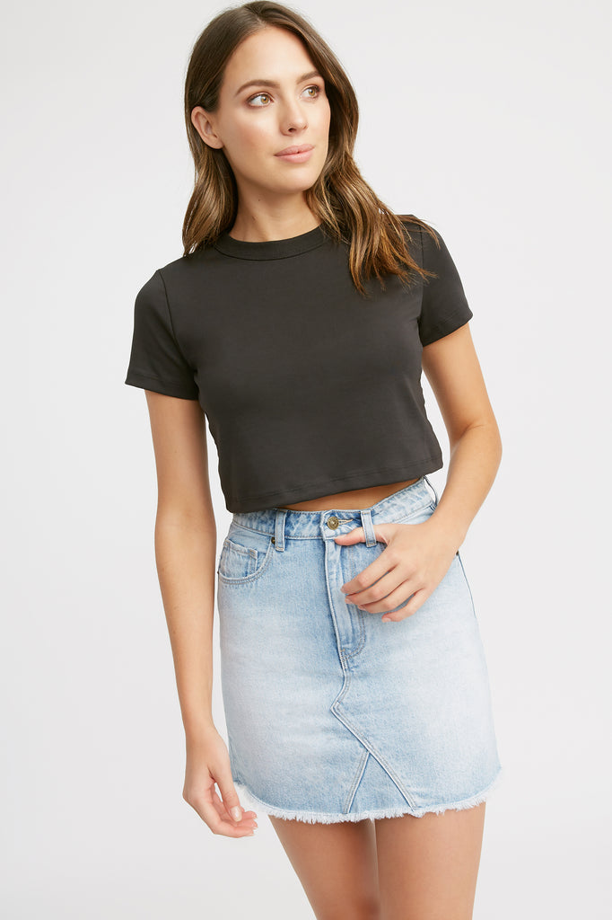 Essential Crop Tee