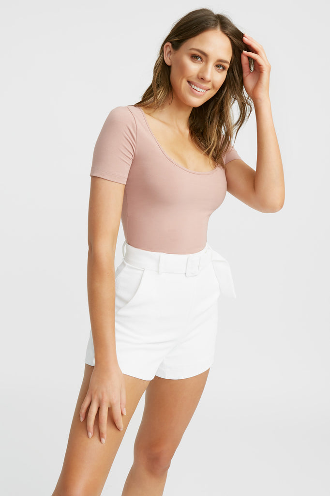 Amy Scoop Top