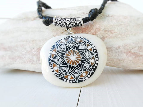 necklace pendant painted rock stone art unique Italy Annalisa Cacciatore