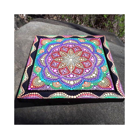painting mandala art online dots Corrina Canning blog article Christine Onward Australia