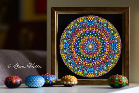 canvas wall decoration mandala art gift Liona Hotta online course dotting Christine Onward blog Sydney Australia