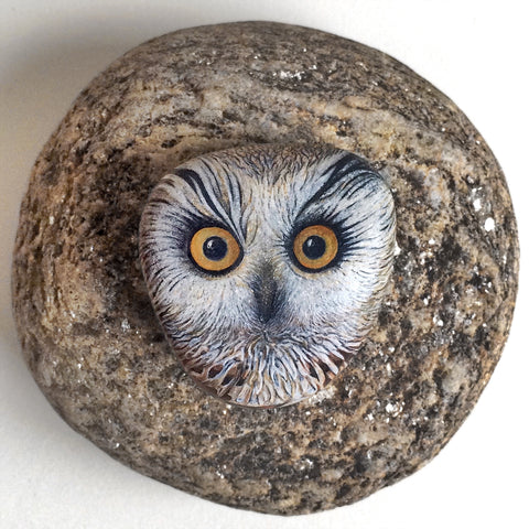 Painted stone owl by French rock painter Lysa Mignot