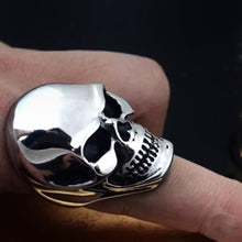 Large Skull Ring - Payvand