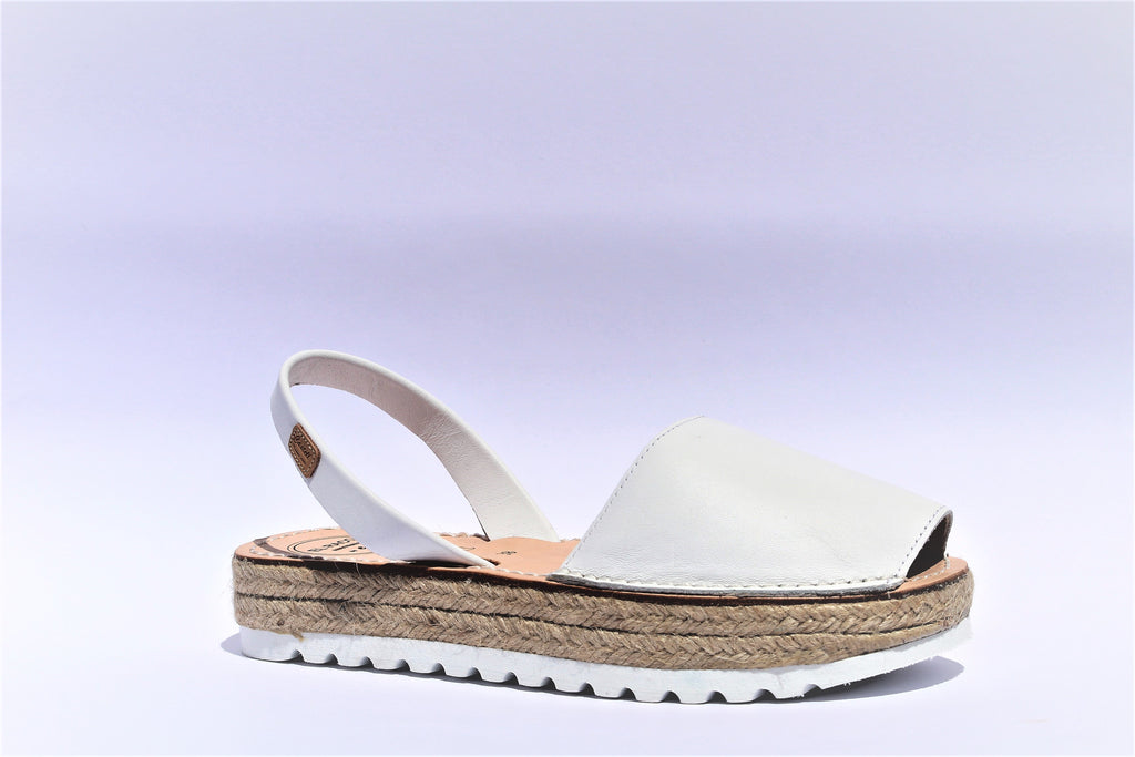 AVARCA | WHITE LEATHER