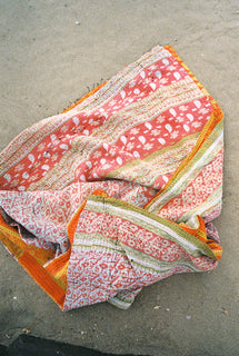 KANTHA BEACH BLANKET