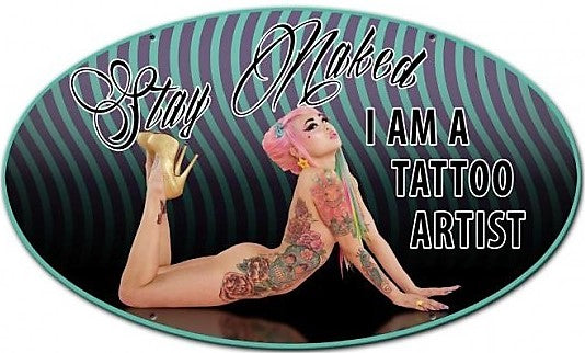plaque métal vintage I AM A TATTOO ARTIST pin up - TOFMOBILE