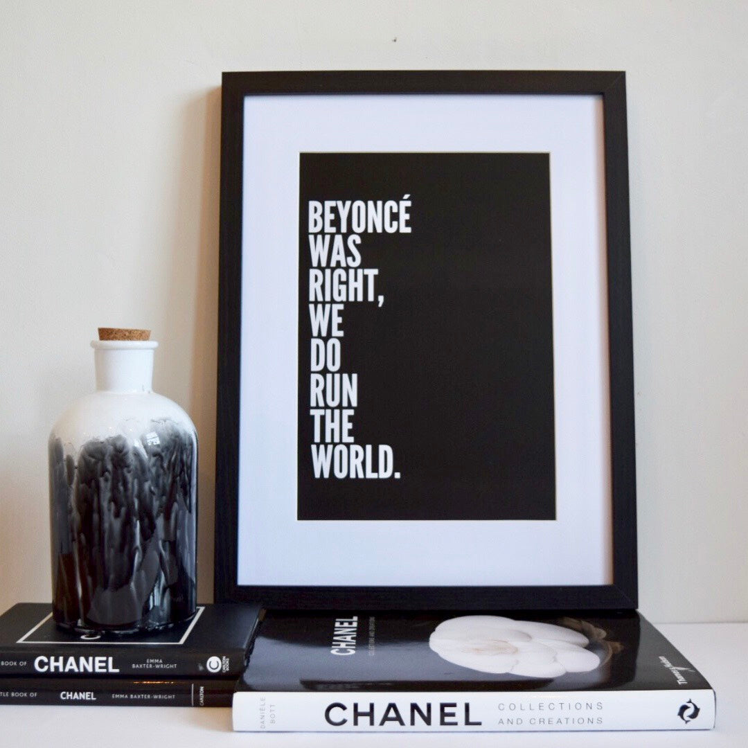 Run The World A4 Print