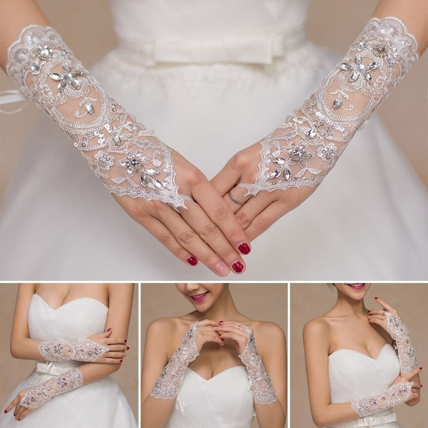 SALE! Lace Bridal Glove. Only Medium Size