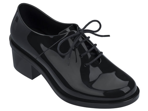 Melissa Women's black closed shoes