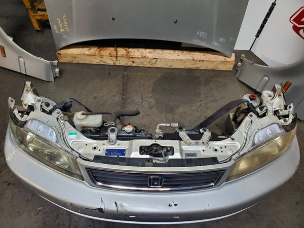 JDM 1996-2000 Honda Civic EK / Domani complete front end with fenders and hood