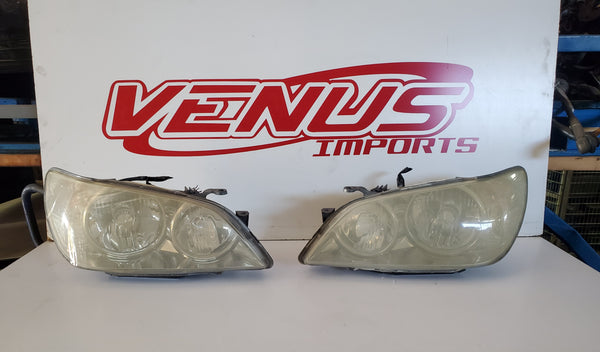 JDM OEM Factory Lexus Altezza IS300 SXE10 IS200 Headlights Pair HID 01-05 Toyota