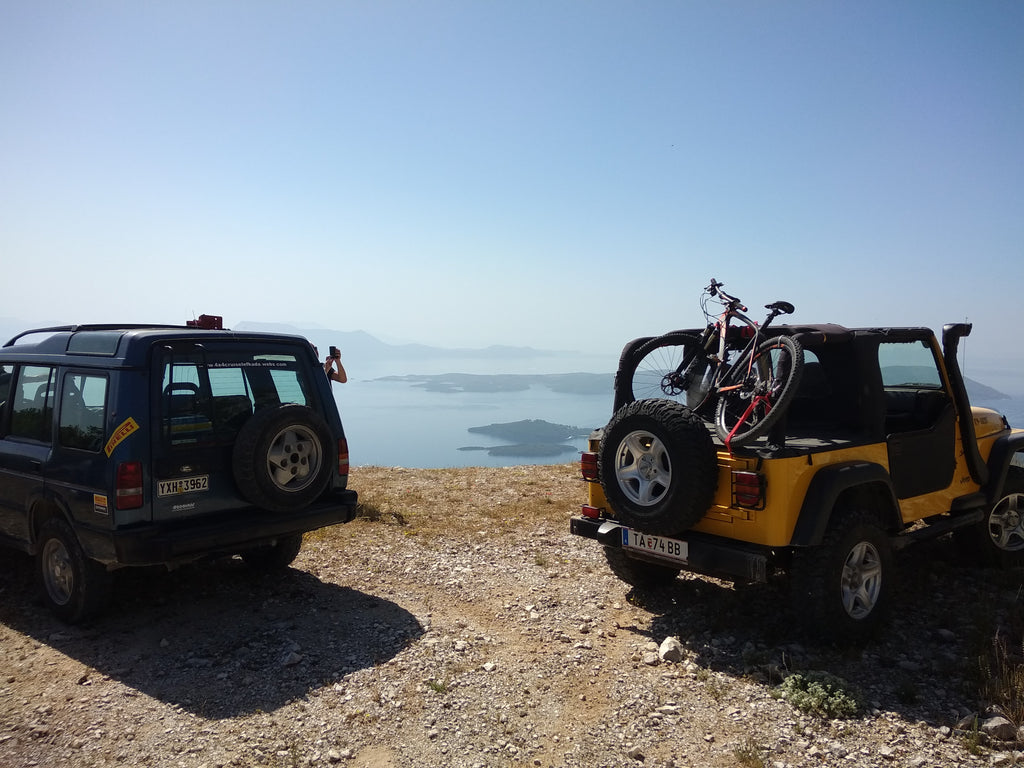 4x4 Cruise Lefkada Private Tour 10-12 hrs (Non-Refundable deposit). 4x4 Lefkada Private custom Tour. Spend 10-12 hours of your 2019 holidays seeking adventure and the natural beauty of Lefkada. Find hidden areas or villages and taste the unique local tastes of Lefkada. Pay the non-refundable deposit to reserve your seats, and pay the driver - Triptatricks