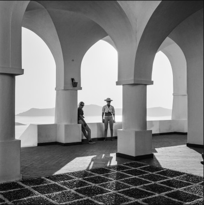 The veranda of the house of Nomikon after its reconstruction. Robert McCabe The simplistic Santorini of the '50s 14 - tripatricks linking people to adventure