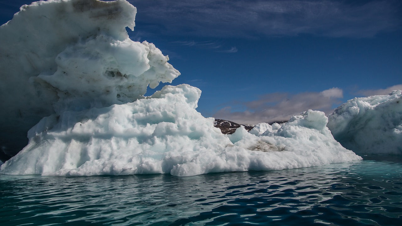 The ice land through Stefan Forster's lens The Journey of the Day: Greenland through a stunning 4K video Tripatricks