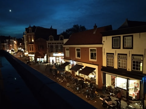 Tripatricks-Haarlem-Kruisstraat-night-view