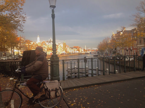 Tripatricks-Haarlem-Spaarne-Bridge-Bicycle