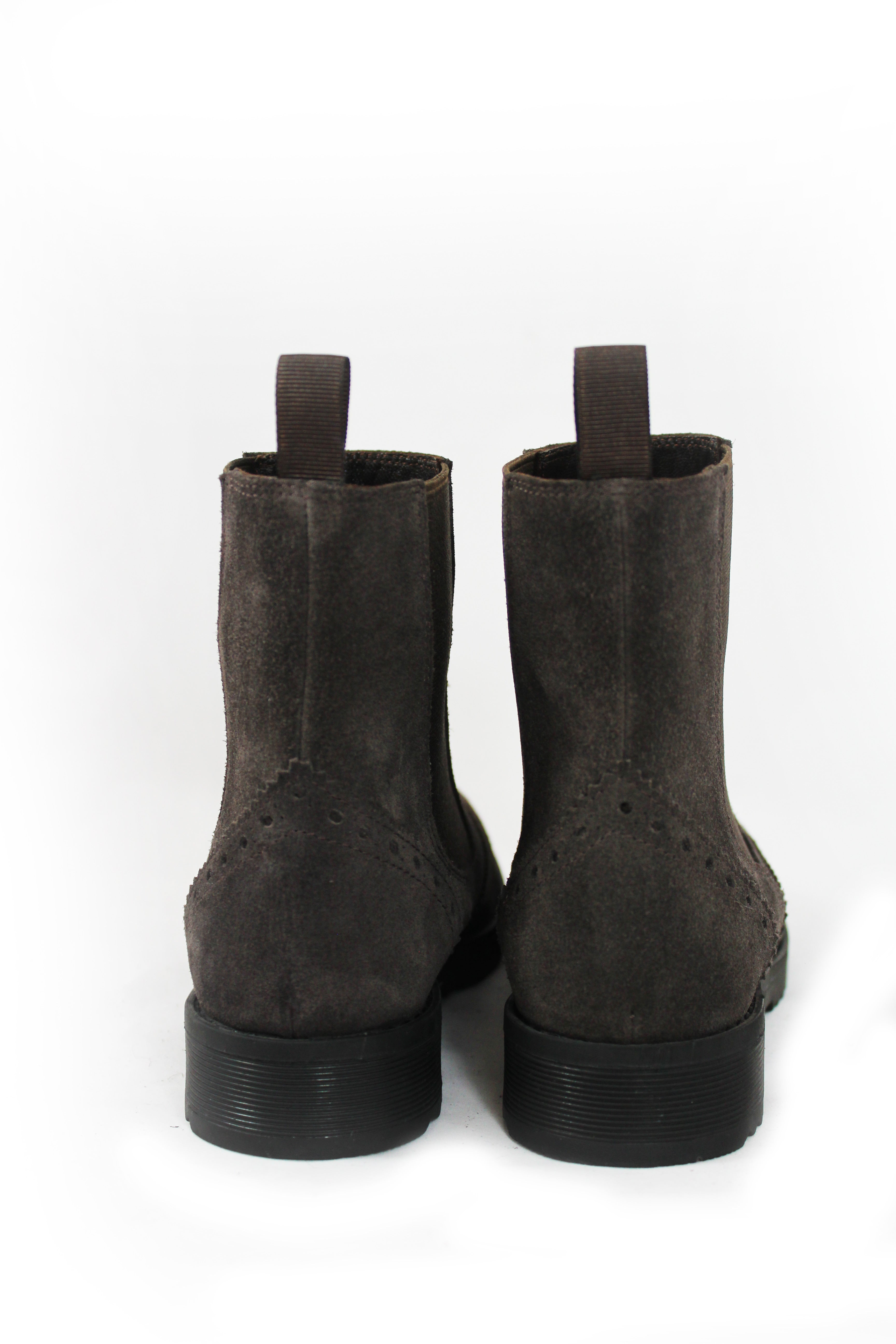 Boots/Buse