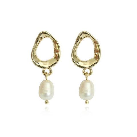 Pearl earrings - Shop Fige